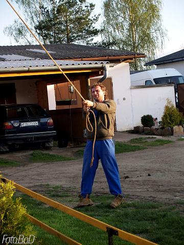 Májku přidržovali lany vesprávné polozePepa Kubičků ...