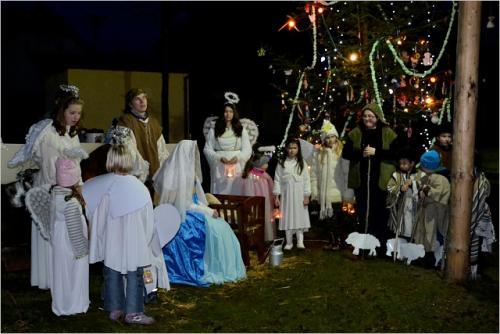 VI. rozsvěcení vánočního stromku